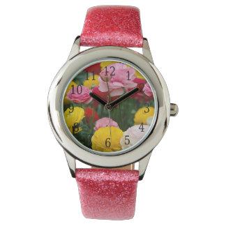 Reloj colorido de las flores del clavel