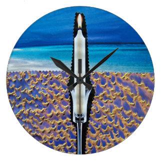 Reloj con las ilustraciones del collage