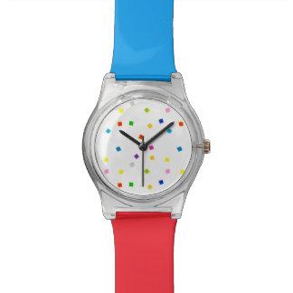 Reloj cuadrado colorido del confeti