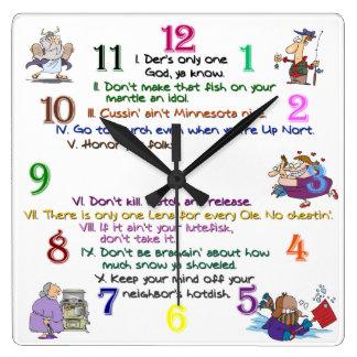 Reloj cuadrado de diez mandamientos de Minnesota