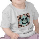 Reloj de arena básico en turquesa y melocotón camisetas