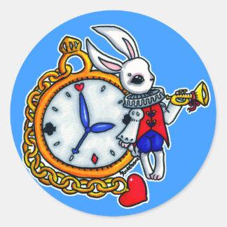 Reloj de bolsillo blanco del conejo pegatina redonda