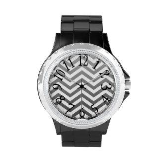 Reloj de Chevron de Leslie Harlow 503