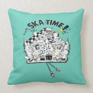 Reloj de cuco del tiempo de Ska Cojin