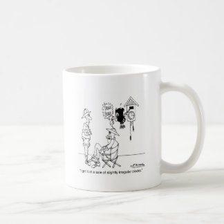Reloj de cuco levemente irregular taza de café