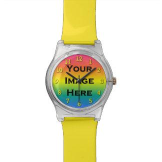 Reloj de encargo con los números amarillos el 20%