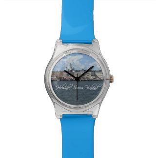 Reloj de encargo del puerto de Helsinki