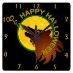 Reloj de Halloween de la luna del lobo