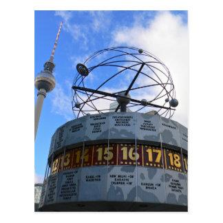 Reloj de hora mundial con la torre de Berlín TV, Postal