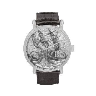 ¡Reloj de Kraken - sushi estupendo del tamaño!