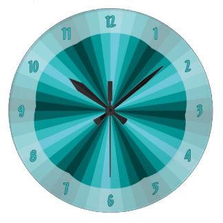 Reloj de la aguamarina de la ilusión óptica