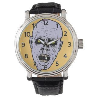 Reloj de la cara del zombi