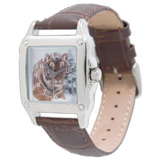 Reloj de la correa de cuero del cuadrado perfecto
