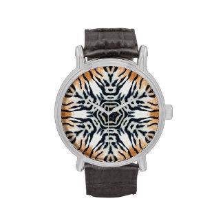 Reloj de la impresión del tigre de la forma de Sno