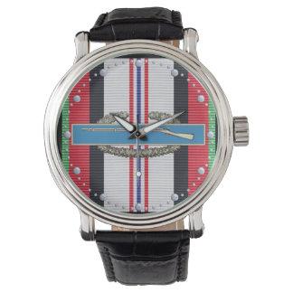 Reloj de la insignia del soldado de infantería del