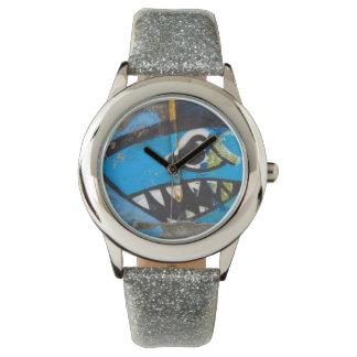 Reloj de la pintada del tiburón azul