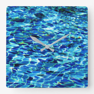 Reloj de la piscina de agua