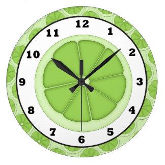 Reloj de la rebanada de la cal de la cocina