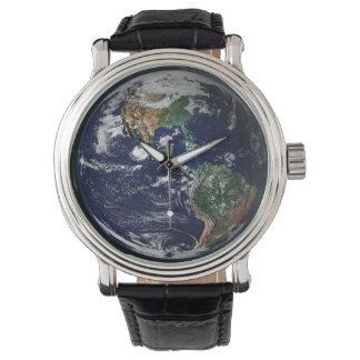 reloj de la tierra