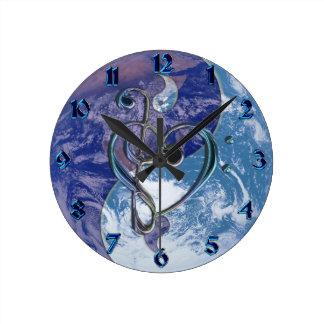 Reloj de la tierra de Yin-Yang del corazón del