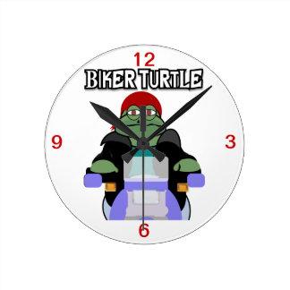 Reloj de la tortuga del motorista