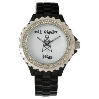 reloj de la vida del campo petrolífero con la