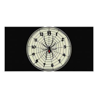 Reloj de la viuda negra de 13 horas en marco tarjetas personales
