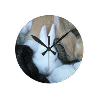 Reloj de los conejitos del conejo de conejito del