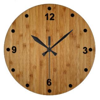 Reloj de madera de bambú rústico de la mirada