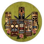 Reloj de medianera II de Tiki