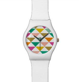 Reloj de moda de los triángulos (brillante)