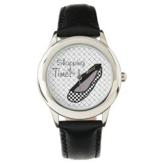Reloj de moda del tiempo de las señoras que hace