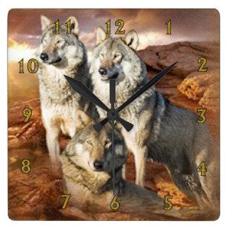 Reloj de pared americano del trío de los lobos