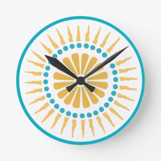 Reloj de pared anaranjado del resplandor solar de