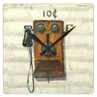 reloj de pared antiguo del teléfono de pago