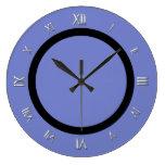 Reloj de pared azul del bígaro