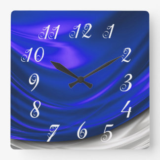 Reloj de pared azul del satén