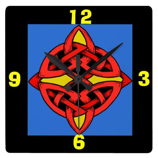 Reloj de pared céltico del diseño del nudo con los