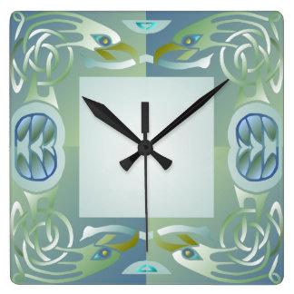 Reloj de pared céltico del modelo de Eagle del nud