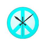 Reloj de pared ciánico ligero del signo de la paz