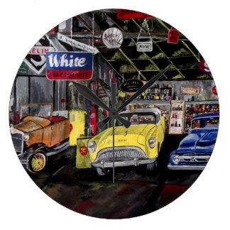 Reloj de pared clásico viejo del coche