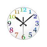 reloj de pared colorido de los números del arco ir