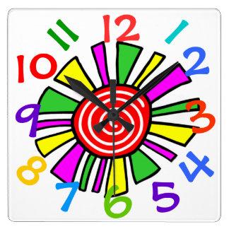 Reloj de pared colorido del sitio de niños del dis