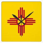 Reloj de pared con la bandera de New México, los E