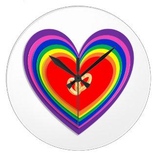 Reloj de pared con los corazones del arco iris y 2