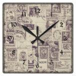 Reloj de pared con monograma del franqueo del vint