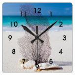 Reloj de pared coralino tropical de la playa