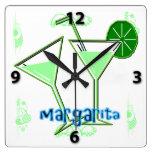 Reloj de pared cuadrado de Margarita