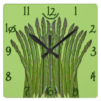 Reloj de pared cuadrado del espárrago