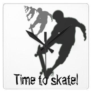 Reloj de pared cuadrado del skater